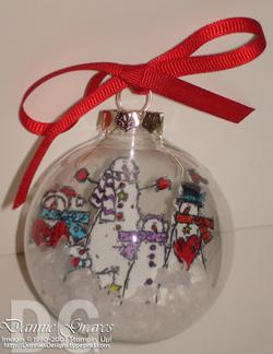 Glass_ornament
